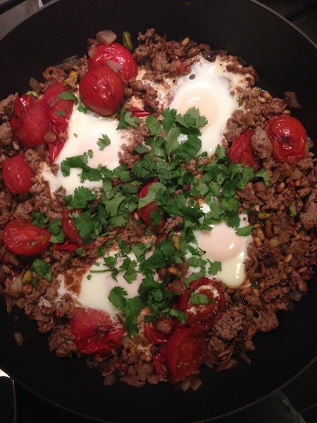 Braised eggs with lamb