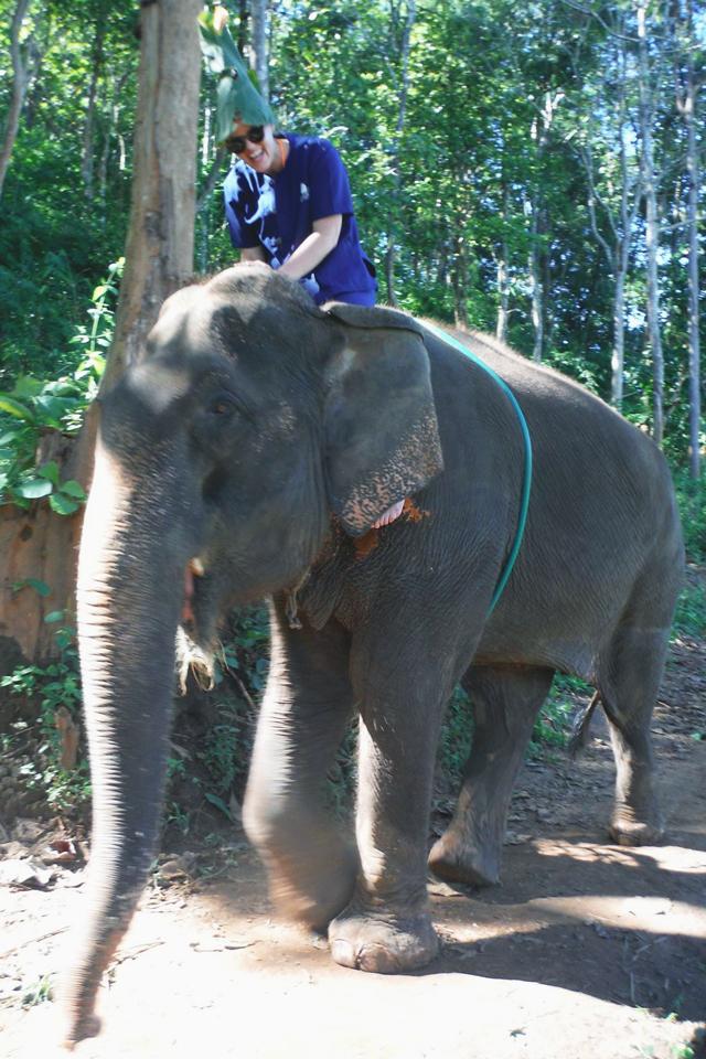 Teak leaf hat at Baanchang Park | When in Chiang Mai: Elephants & Ziplining | lizniland.com