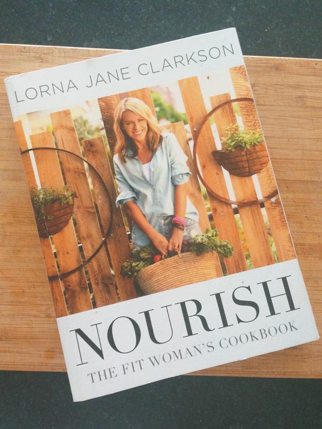 Review: Nourish by Lorna Jane Clarkson| lizniland.com