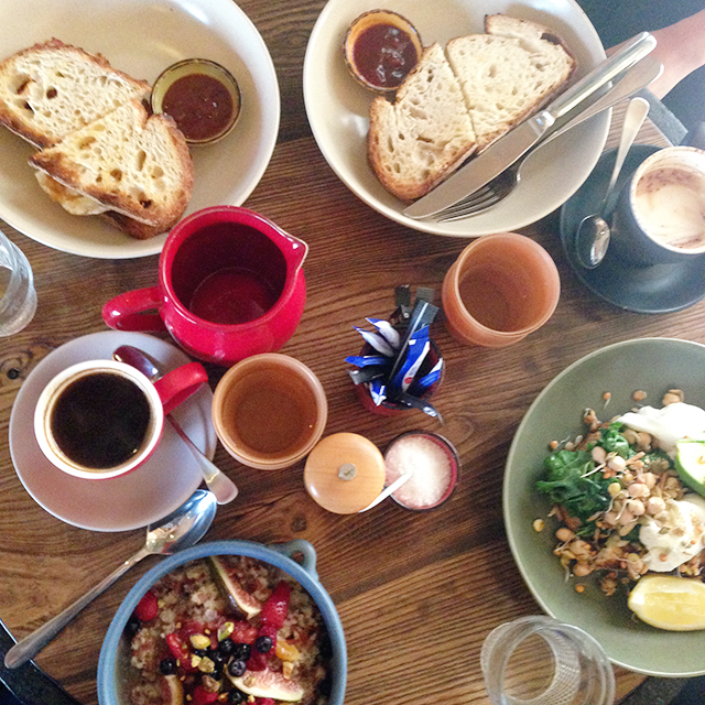 Breakfast with friends | Three Bears Kitchen | lizniland.com