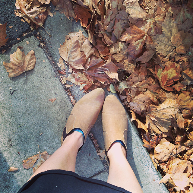 Autumn feet | lizniland.com