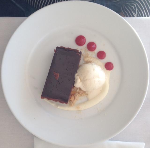 Chocolate tart | Reef Restaurant | lizniland.com