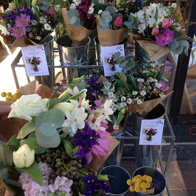 Flower stall | lizniland.com