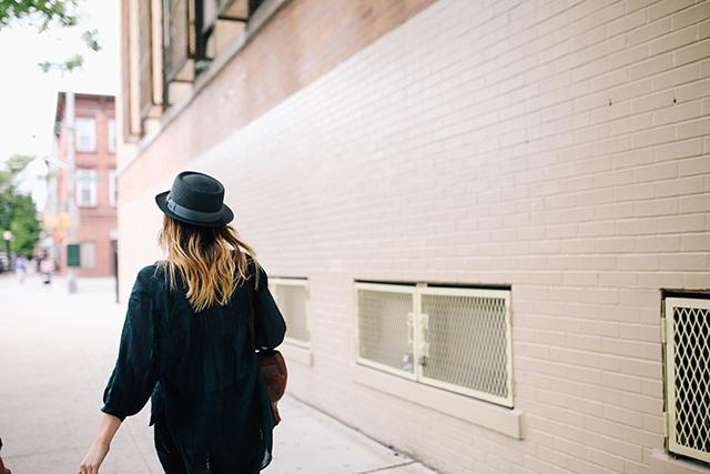 Girl walking | lizniland.com