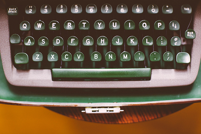 Typewriter | Evolution of words | lizniland.com